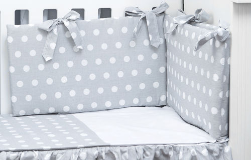 Cot Bed Bumper, Duvet and Duvet Cover - 5 Pieces Set - Polka Dots Collection - White & Grey - Vizaro