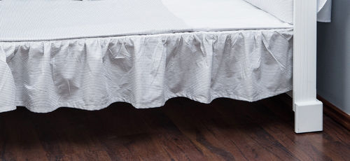 Valance sheet for Cot Bed - Grey Stripes Collection - Vizaro
