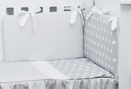 Cot Bed Bumper, Duvet and Duvet Cover - 5 Pieces Set - Polka Dots and Stripes Collection - Vizaro